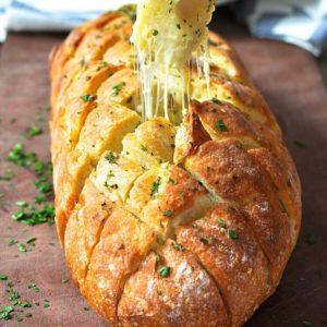 Pão de alho mussarela